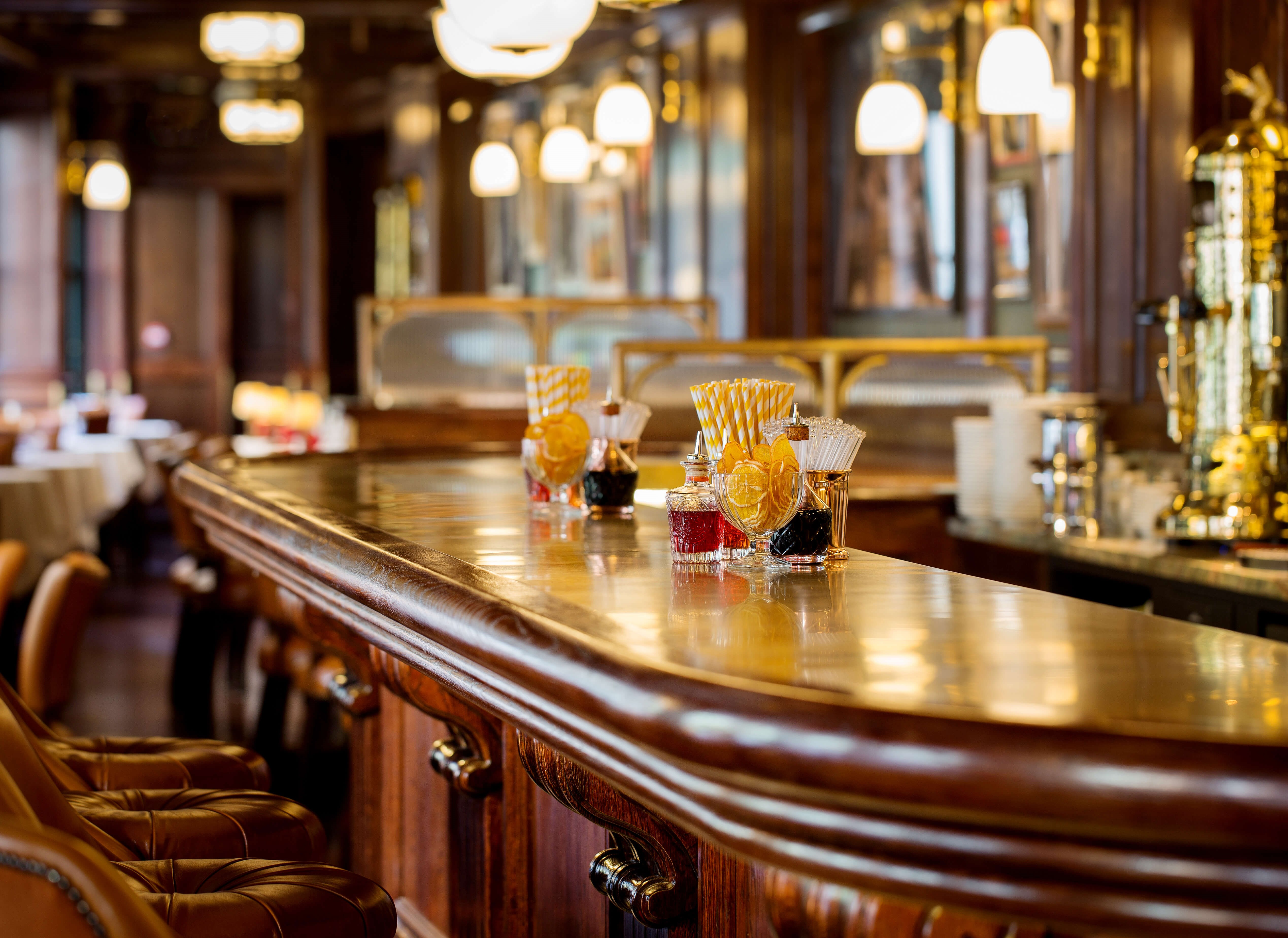 The Bar Counter - Harry's Dolce Vita